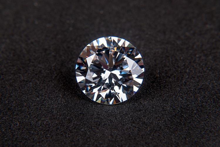 Les Pierres Les Plus Cheres Diamant Rubis Saphir Emeraude